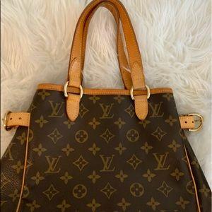 Louis Vuitton Batignolles Vertical Bag